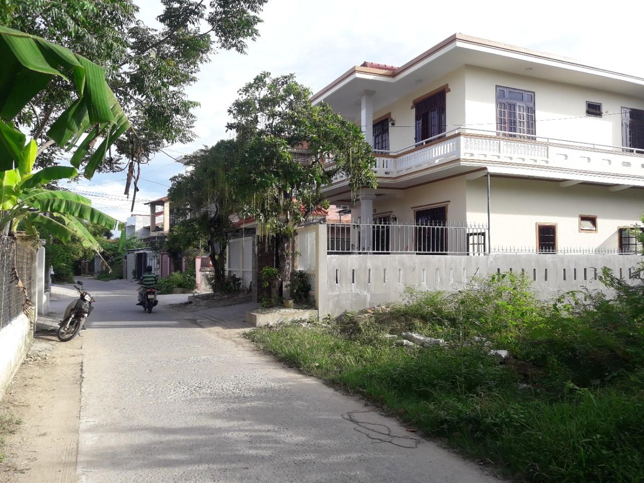 Bán nhà đất quận Long Biên