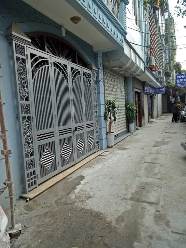 Bán nhà phố Nguyễn Lân 55mx5T MT4,5m giá 5.9 tỷ