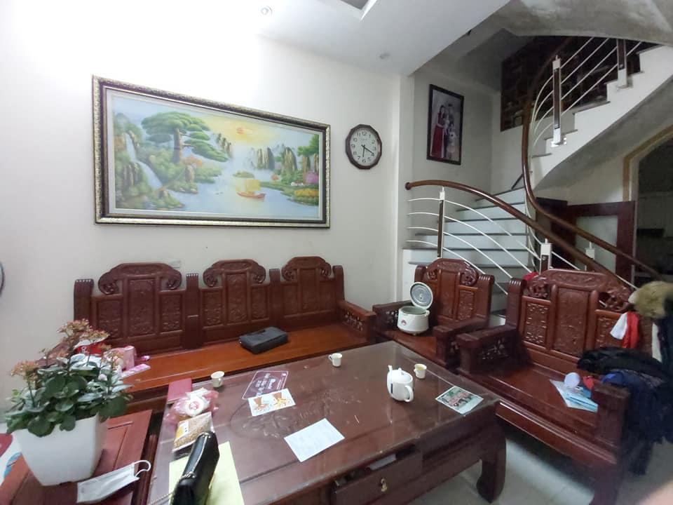 Bán nhà ngõ Hòa Bình 7 40m x 4 tầng - Ngõ thông - Ở ngay - Giá 4 tỷ