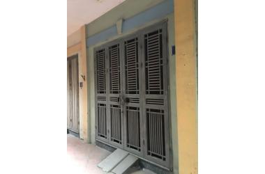 Bán nhà Vũ Tông Phan, chỉ 10m là ra phố, nhà 2 thoáng, đẹp ở ngay.