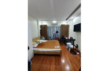Bán nhà khu Chùa Láng, mặt ngõ kinh doanh sầm uất, nhà mới cực chất, 40mx5T