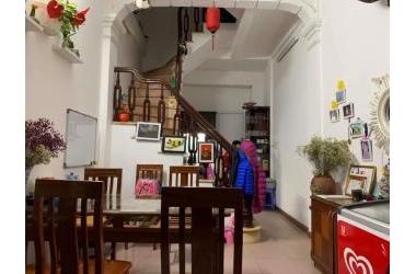 Bán nhà ngõ Thanh Nhàn, lô góc, trung tâm quận Hai Bà Trưng, giá nhỉnh 2tỷ, 0347282222