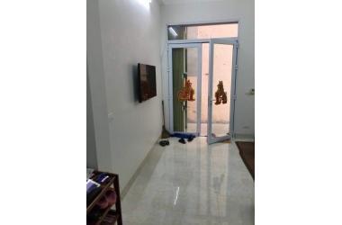 Bán nhà ngõ 83 Phúc Lợi , diện tích 45m2* 3 tầng hướng Tây Nam Giá 2 tỷ Nam