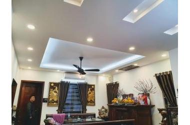 Tôi cần bán nhà Minh Khai, ngõ rộng, Kinh Doanh DT 45m2x5 tầng.