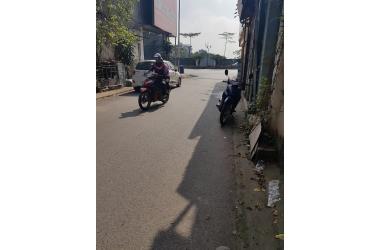 Bán gấp mảnh đất 99m2, MT 5m ngõ 84 Đàm Quang Trung - Long Biên - HN ô tô 16 chỗ vào