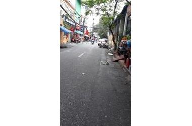 Bán gấp nhà mặt tiền Việt Hưng 70m2,3T, giá 5 tỉ