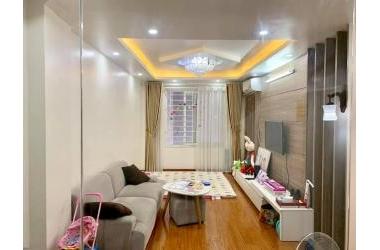 Bán nhà  Xuân La, DT 55m2 x 5T, tặng nội thất, Otô đỗ, KD tốt, 5 phút ra Hồ Tây, nhỉnh 4 tỷ