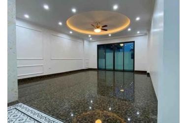 Bán nhà mặt phố Nguyễn Chánh - DT 213m2, MT 13.4m, hiệu suất 280tr/tháng, Giá 9x tỷ.