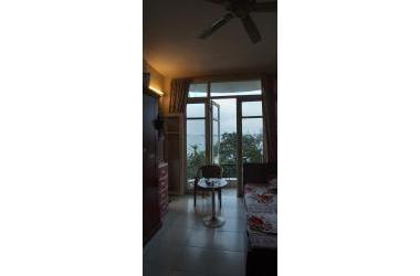Bán nhà mặt phố ven hồ Nguyễn Đình Thi, Tây Hồ. View đẳng cấp. Giá 24,6 tỷ.