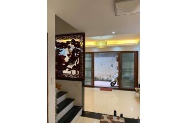 Chính chủ cần bán gấp nhà phố Lương Đình Của để sang biệt thự, 6 tầng, 45m2, mặt tiền 4.5m, giá 4.85 tỷ (có thương lượng).