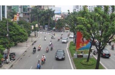 Cần bán nhà mặt phố Kim Mã, Ba Đình 65m2 x 5 tầng, MT 4m, 25 tỷ