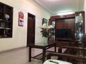 Bán căn hộ Chùa Bộc, Đống Đa, Hà Nội, 80m2, 3 ngủ, 1 vệ sinh, 1 khách, 1 bếp, giá 2,15 tỷ