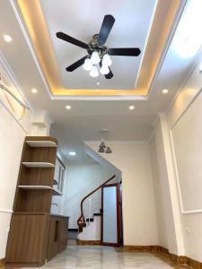 Bán nhà đẹp xây mới phố Ô Cách _ Long Biên- HN giá rẻ