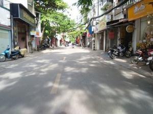 Chính chbán Nhà mặt phố Hoàng Văn Thái 57m2*4 T Giá 11.6 tỷ.