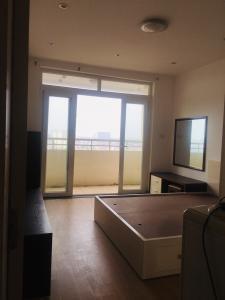 Cần bán gấp căn góc tòa A1 CC 151 Nguyễn Đức Cảnh sửa mới 3PN 130m2, 2,65 tỷ, 0903417838