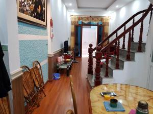 Bán gấp nhà Phố Nam Dư Quận Hoàng Mai 36m2 x4T Lô góc, Gần Phố, Nhà đẹp ở luôn