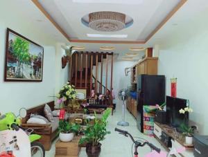 Bán nhà cho chính chủ Yên Lãng  56m2 15m ô tô ngõ 3m giá 6 tỷ