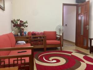 Chính chủ bán gấp nhà Trần Phú, 60m 3T, mặt tiền 6m, Oto đỗ cổng, Giá 3.4 tỷ, LH: 0979941562