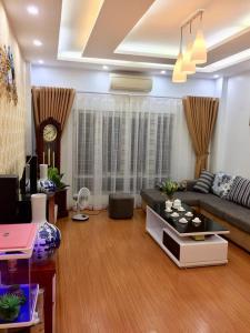 Bán nhà Yên Hòa, nhà đẹp, gần phố, 3.8 tỷ