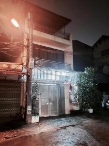 Siêu Hiếm, Bán đất TẶNG nhà Mặt Hồ Ngọc Lâm, Long Biên, ô tô7chỗ đỗ cửa, 62m2, chỉ 4.8tỷ