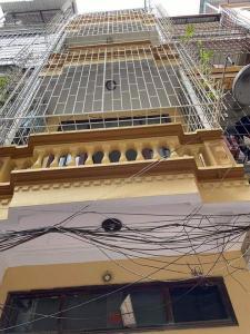 Ban gấp nhà đẹp, khu Yên Hòa 35m2, mt 3.9m, giá 2.9 tỷ