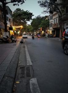 Lô góc, mặt phố vỉa hè to, kd đỉnh Nghi Tàm, Yên Phụ, Tây Hồ