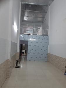 Cực hiếm! Cho thuê nhà Thanh Xuân, 80m2, 3 ngủ, 2 mặt thoáng, ngõ thông, giá thuê chỉ 6 triệu/tháng.