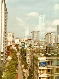 Bán tòa Apartment 9 tầng phố Hoàng Cầu.