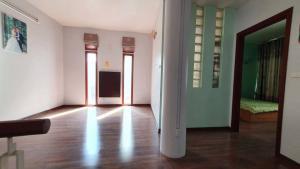 Bán nhà gần phố Trích Sài 60m2,3T, giá siêu rẻ chỉ 5.52 tỷ