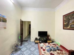 Cần bán Nhà Phố Khương Đình 50m2  4Tầng  giá 3.3 tỷ...