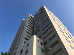 Bán gấp căn hộ chung cư đã cải tạo cực đẹp và thoáng toà N03 Nguyễn Công Trứ, 2,4 tỷ, MSB9.