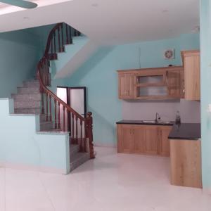 Cho thuê nhà riêng ở Cổ Nhuế   8 triệu/ tháng.