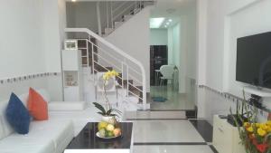 Nhà siêu đẹp HXH Phan Xích Long,P2,PN,3T-3.89tỷ