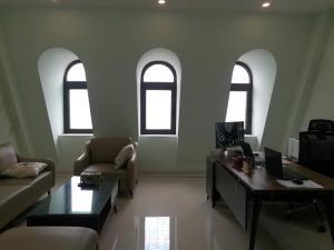 Bán nhà biệt thự liền kề phố Vĩnh Hưng, thang máy, vỉa hè, kinh doanh, 6 ngủ, giao nhà luôn.