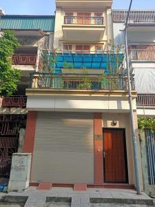 Bán biệt thự khu đô thị Vĩnh Hoàng hai mặt tiền, diện tích 120m2. Nội thất đẹp, thang máy